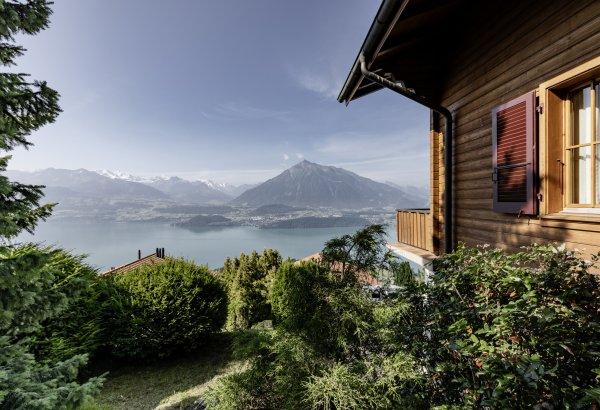 Chalet mit Einliegerwohnung und Panoramablick